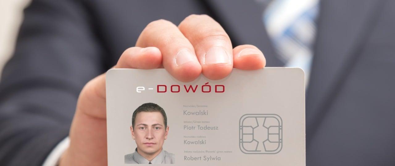 Wkrótce potwierdzimy tożsamość przez przyłożenie e-dowodu osobistego do smartfona z NFC