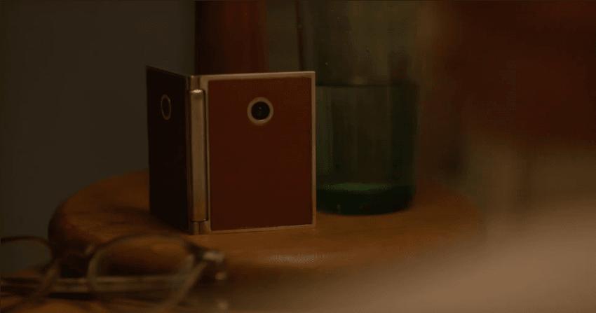 Czyli tak widzisz przyszłość składanych smartfonów, LG? Jako kieszonkowe sprzęty wiecznie obserwujące nasze otoczenie? 22