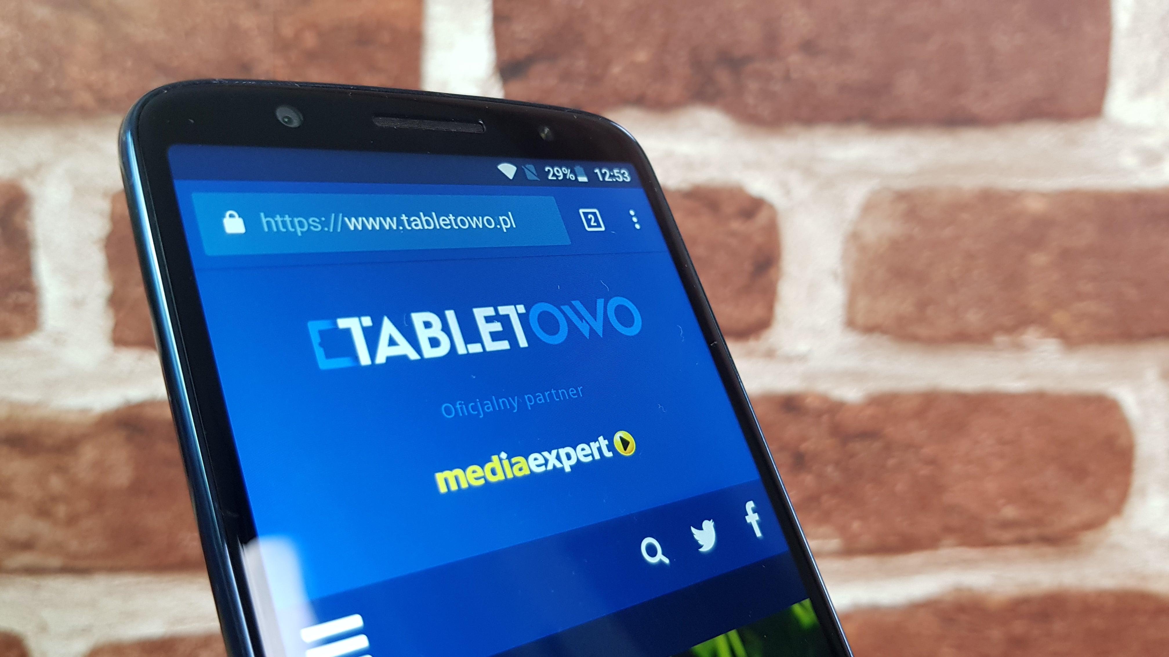 Tabletowo.pl Czy za tysiąc złotych można kupić dobry smartfon? Moto G6 udowadnia, że tak Android Motorola Smartfony
