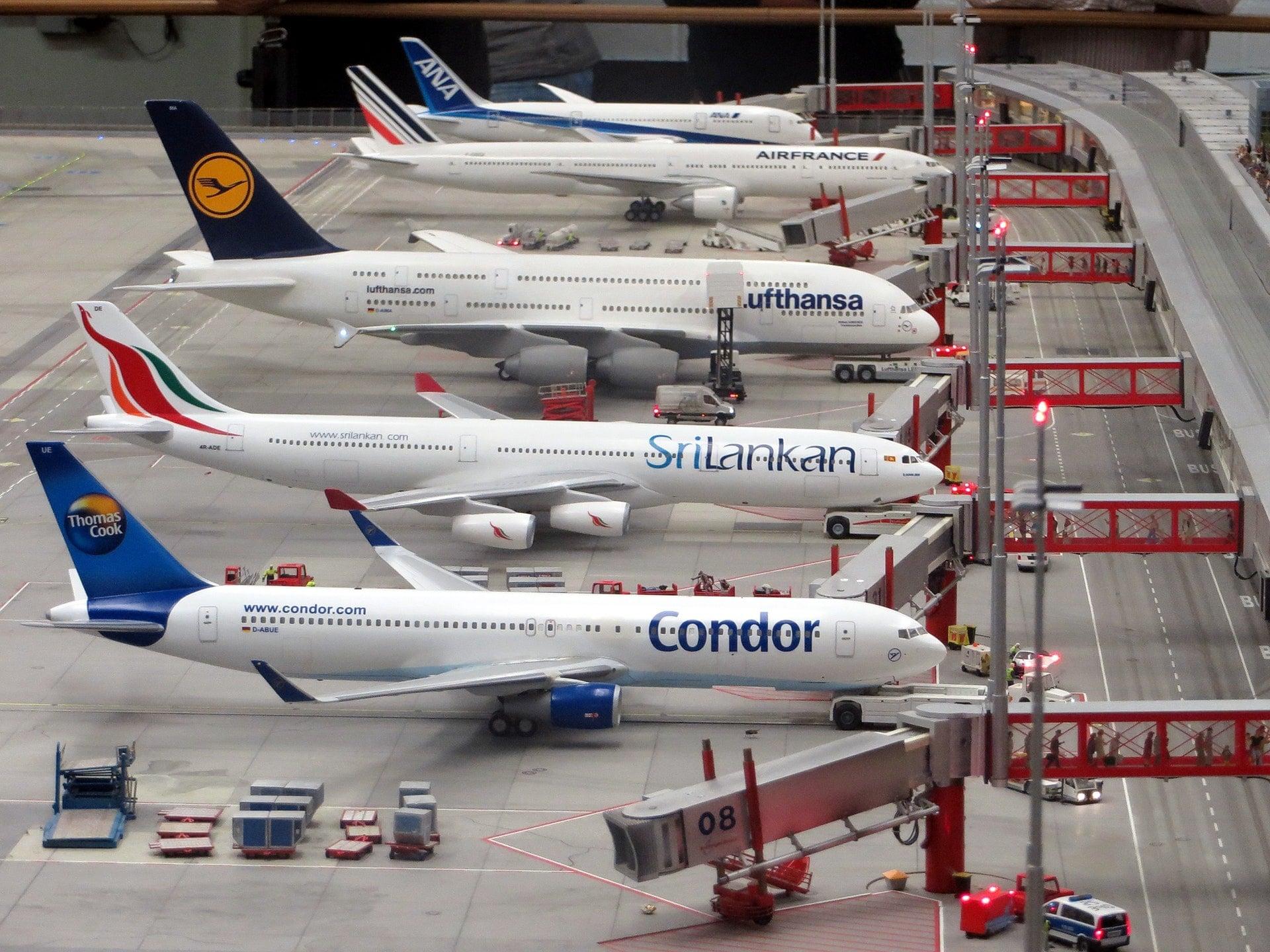 podróż samolot Condor SriLankan Lufthansa Air France