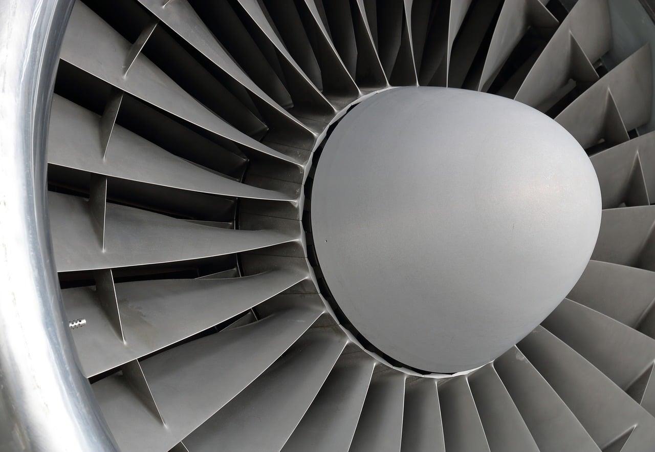 Tabletowo.pl Rolls-Royce pracuje nad inteligentnym karaluchem, który będzie dokonywać drobnych napraw silników lotniczych Ciekawostki Sztuczna Inteligencja Technologie