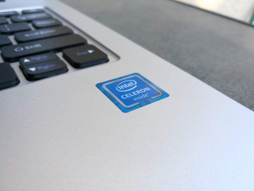 Tabletowo.pl Recenzja notebooka Chuwi LapBook 12.3. Co potrafi laptop z Chin za kilkaset złotych? Chińskie Hybrydy Laptopy Linux Recenzje Ubuntu Windows