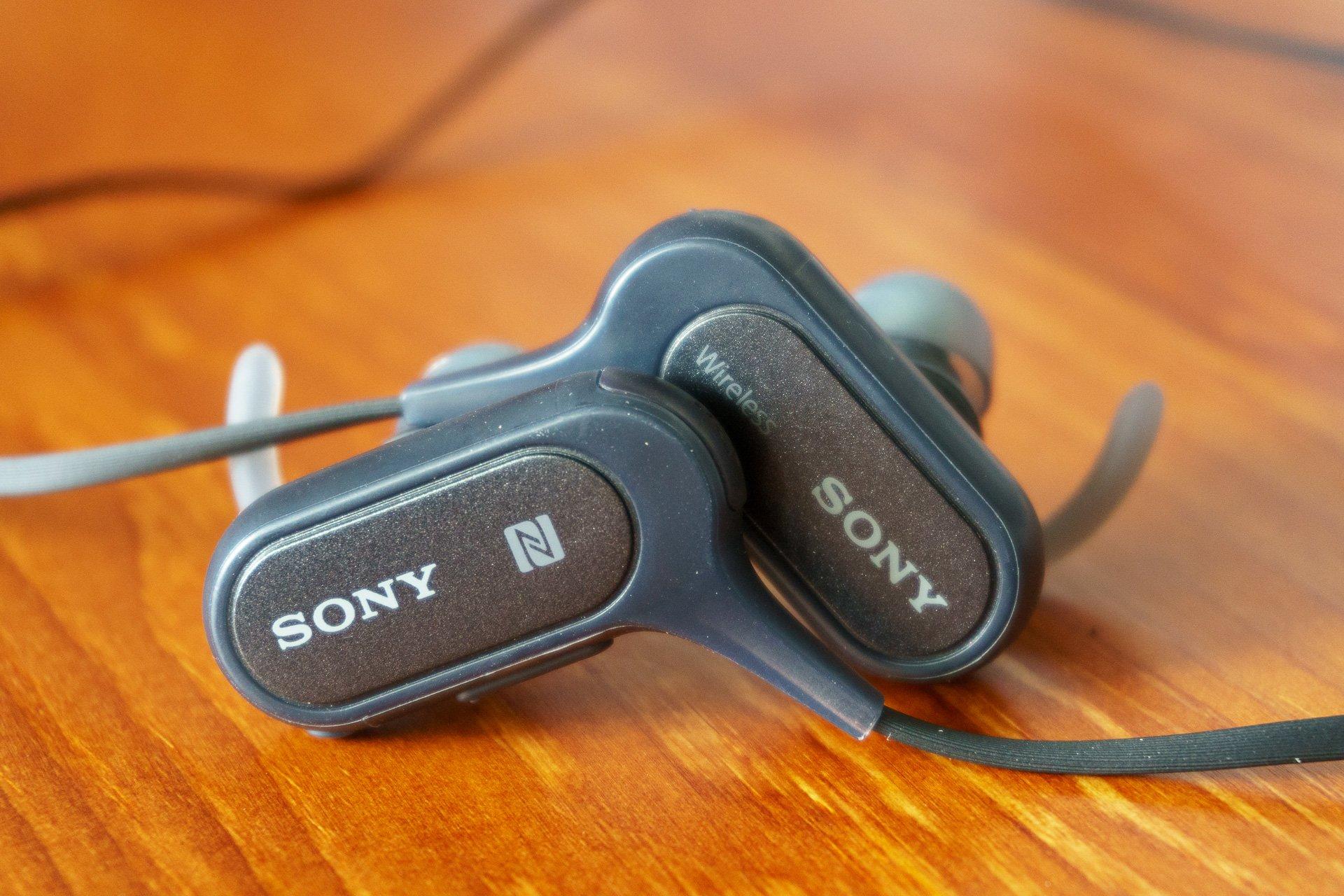 Tabletowo.pl Recenzja słuchawek sportowych Sony MDR-XB50BS Akcesoria Audio Recenzje Sony Sprzęt