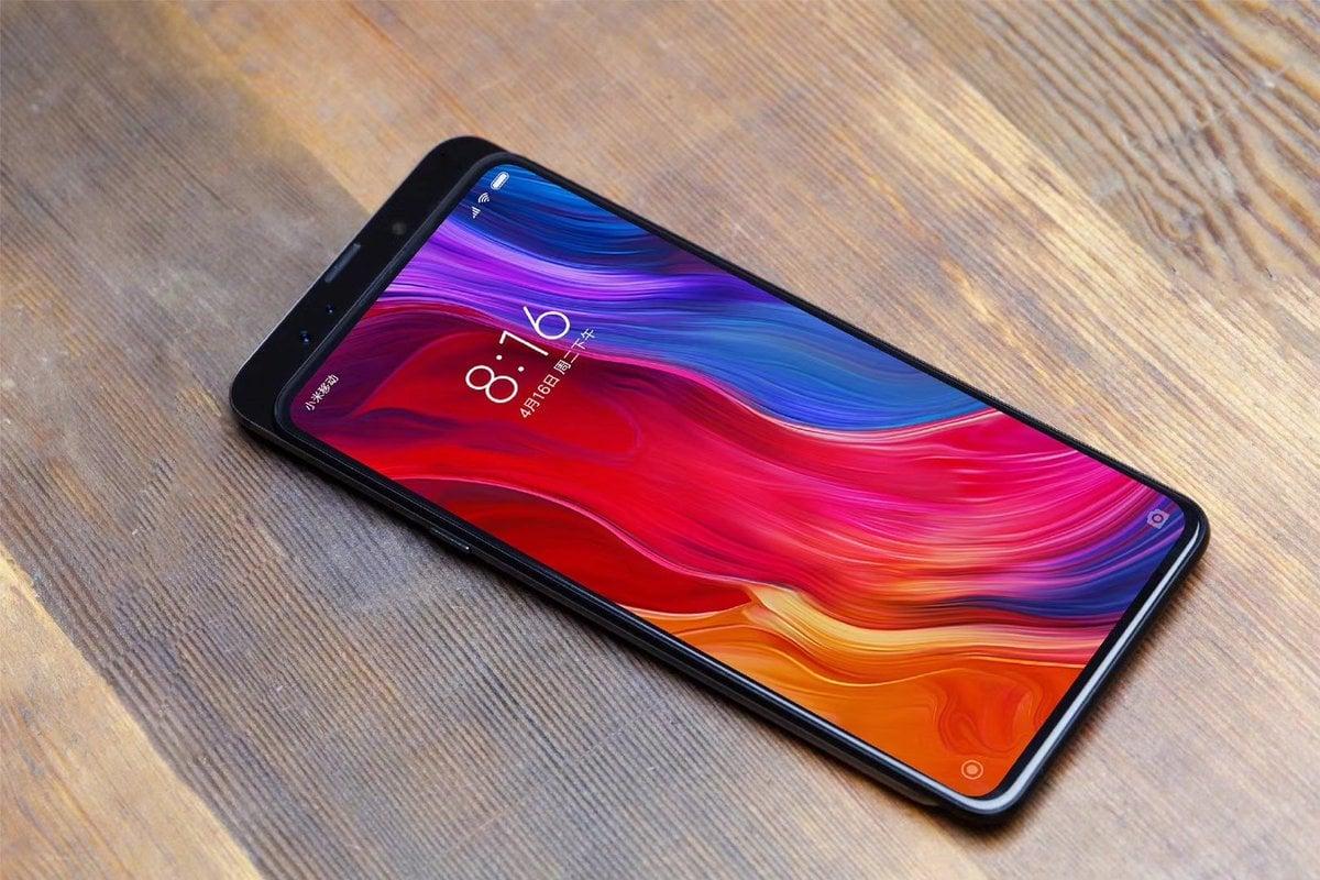 Tabletowo.pl Tak będzie wyglądał Xiaomi Mi Mix 3 - producent właśnie opublikował zdjęcie tego smartfona Android Smartfony Xiaomi