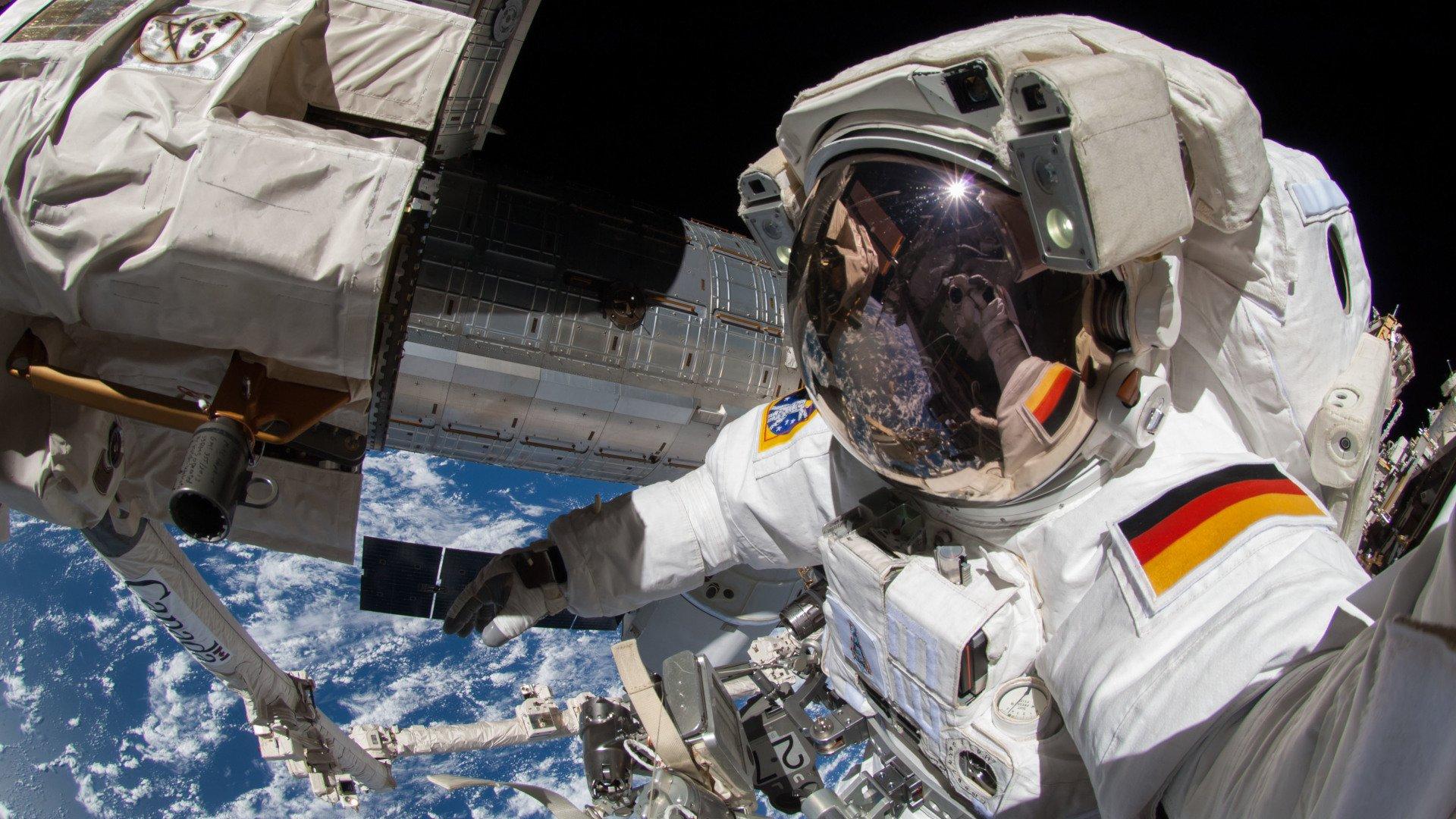 jak zostac astronauta