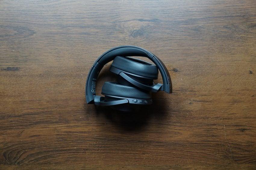 Recenzja Sony h.ear on 2 - kompletne słuchawki mobilne, które nie walczą o tytuł urządzenia idealnego 30
