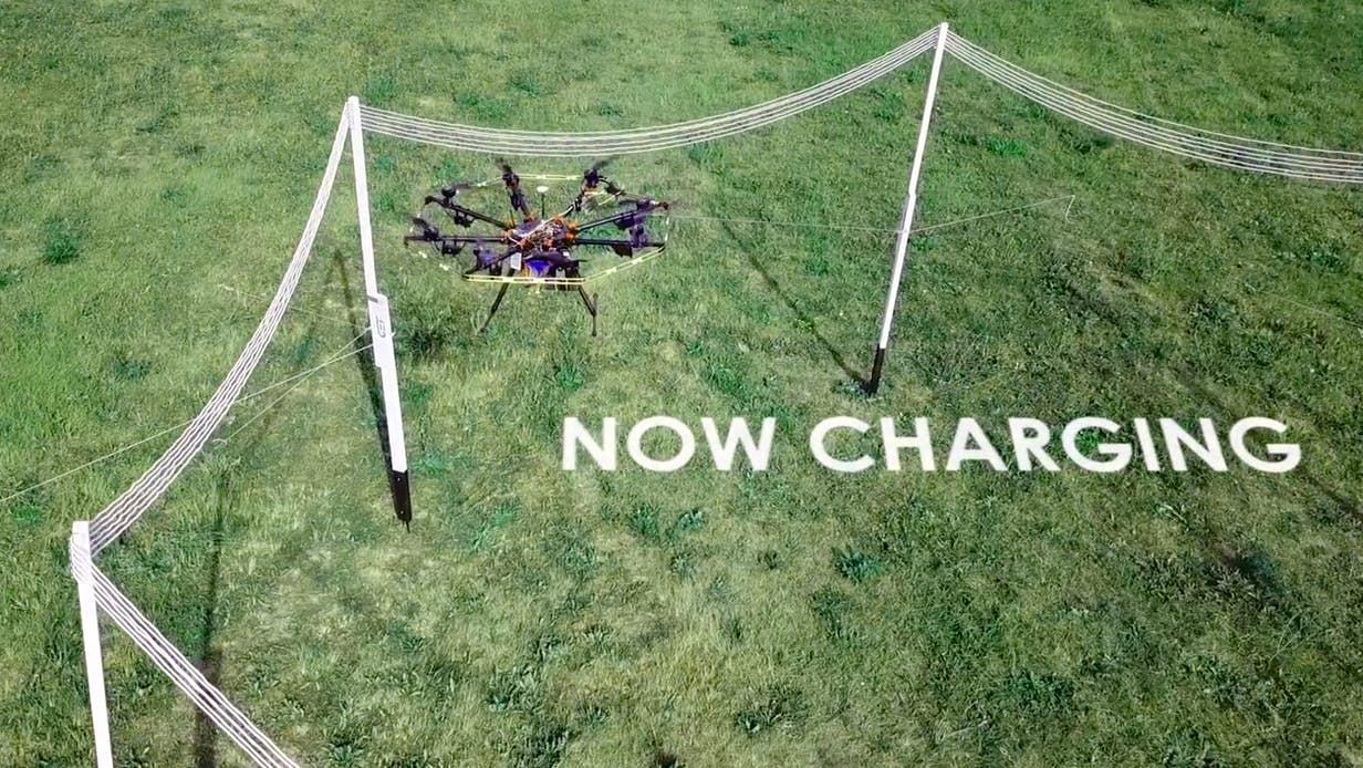 Czy ładowanie drona w locie to przyszłość? 26