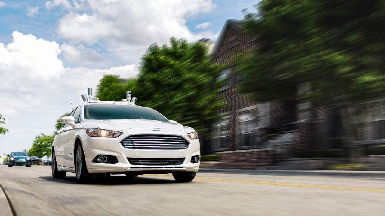 Pierwszy autonomiczny samochód Forda będzie SUV-em, a nie sedanem 23