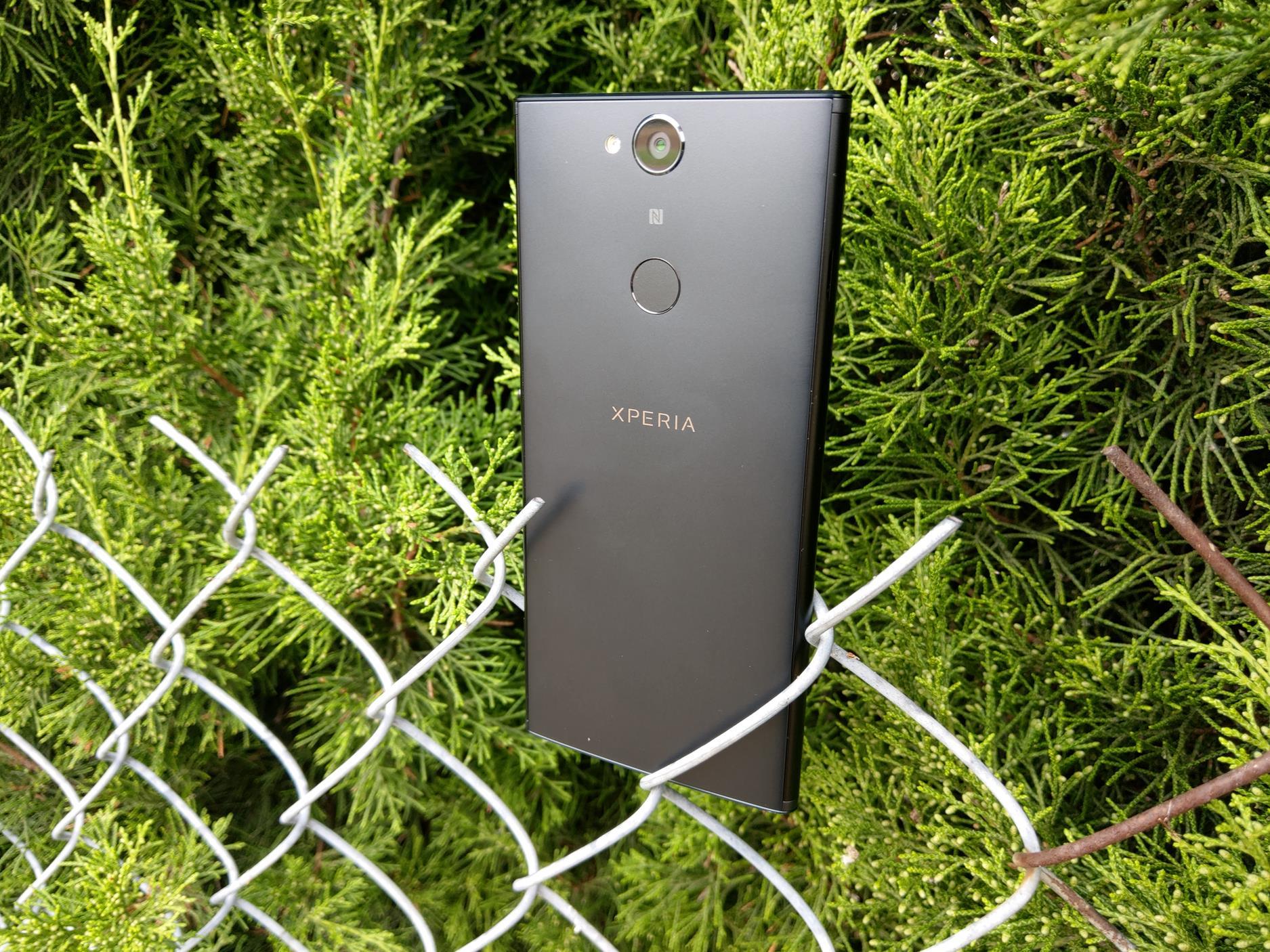 Recenzja Sony Xperia XA2 Plus. To dobry smartfon, ale nie zabrakło kilku rozczarowań 24