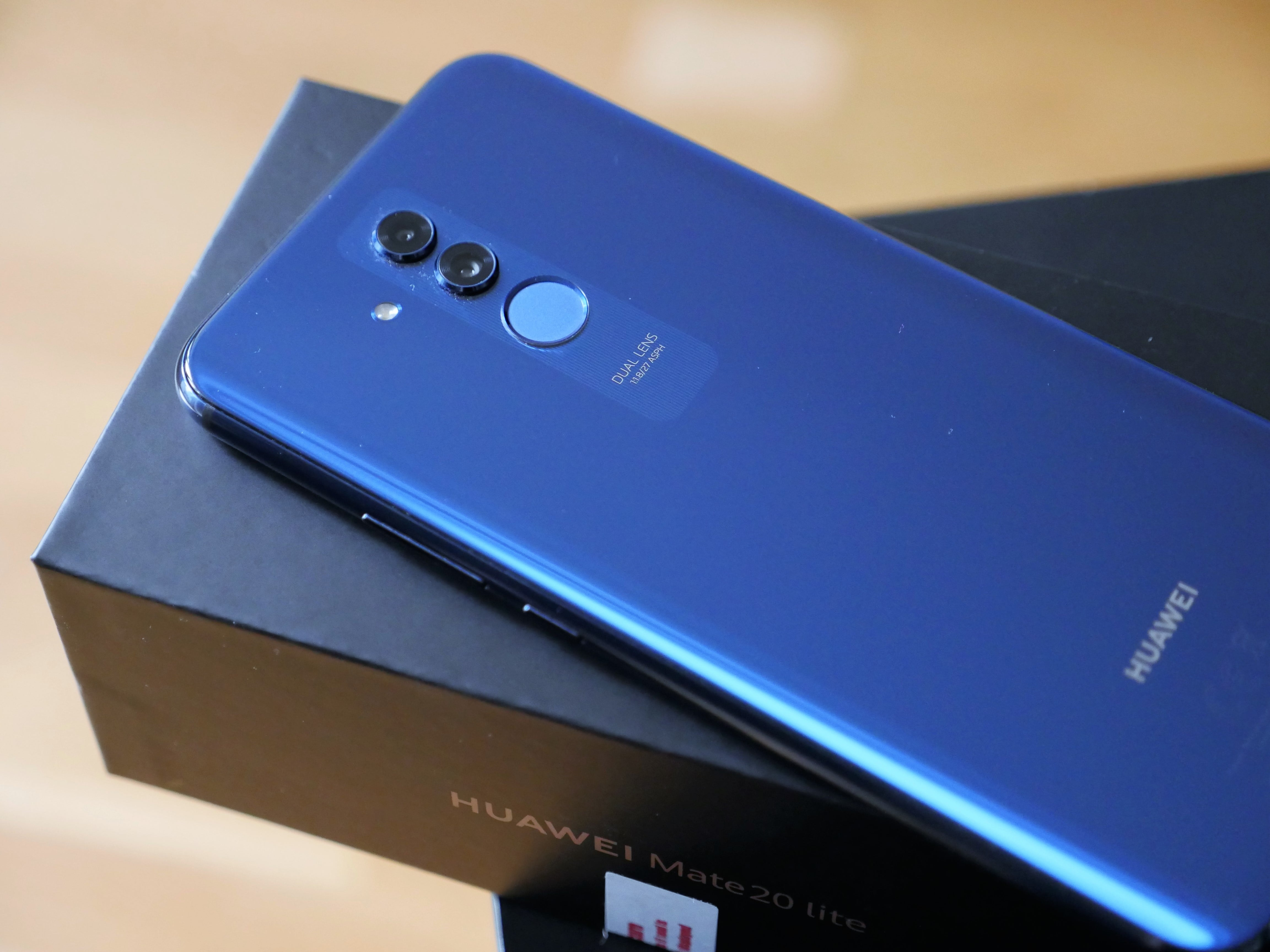 Promocja na Walentynki: kup dwa smartfony Huawei lub Samsunga, a zapłacisz nawet 200 złotych mniej 22