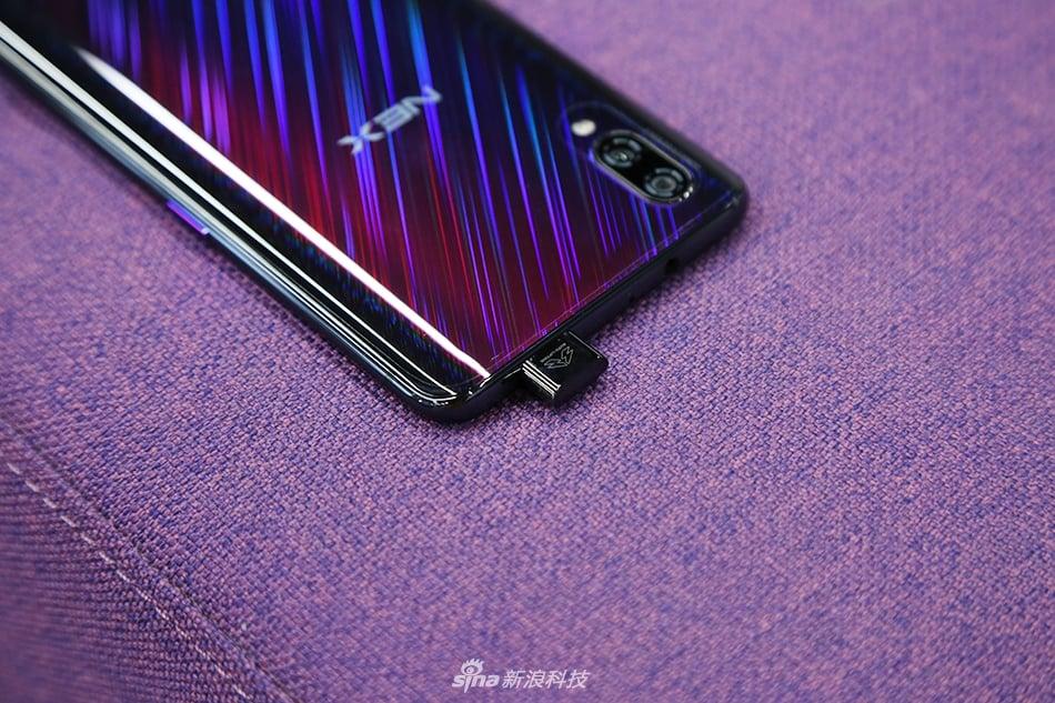 Oto niezwykle nieziemski smartfon - Vivo NEX S w odmianie Purple Star Trail 18