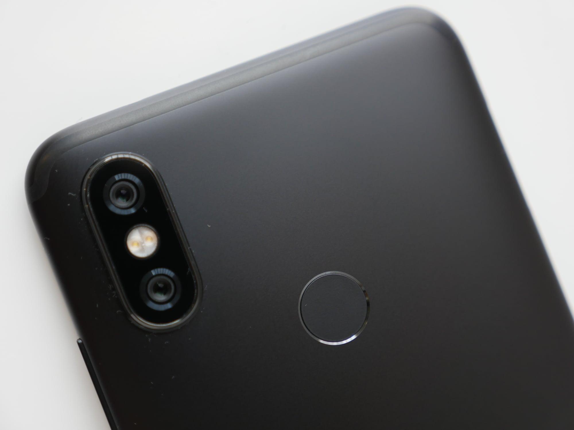 Recenzja Xiaomi Mi A2 - lista braków jest długa, ale cena to rekompensuje 22