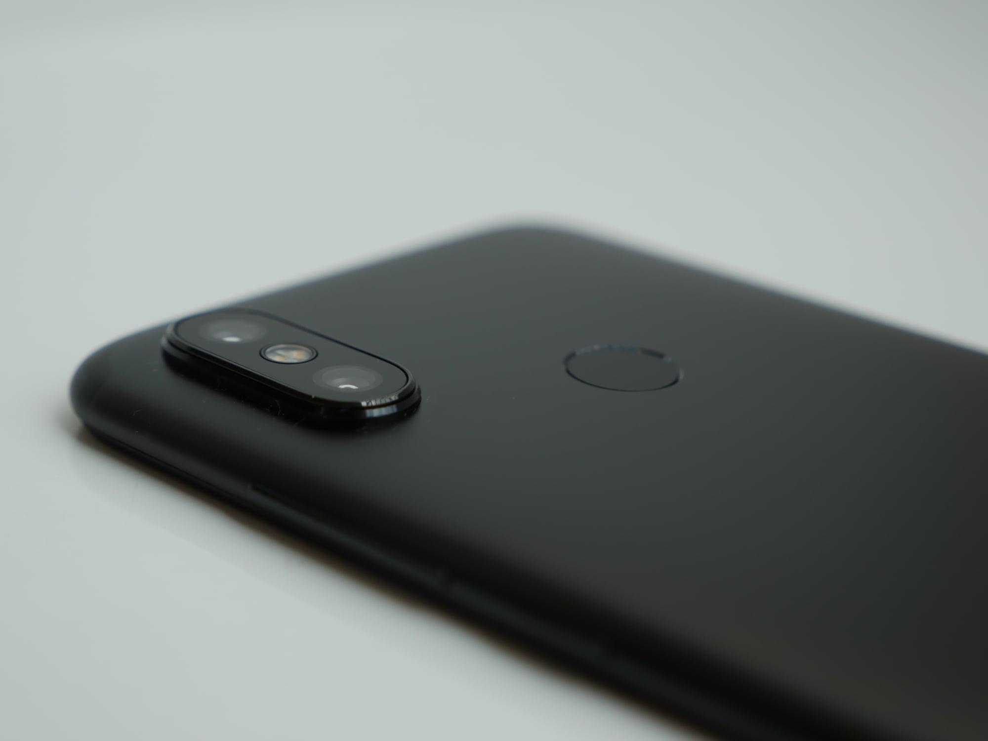 Recenzja Xiaomi Mi A2 - lista braków jest długa, ale cena to rekompensuje 23