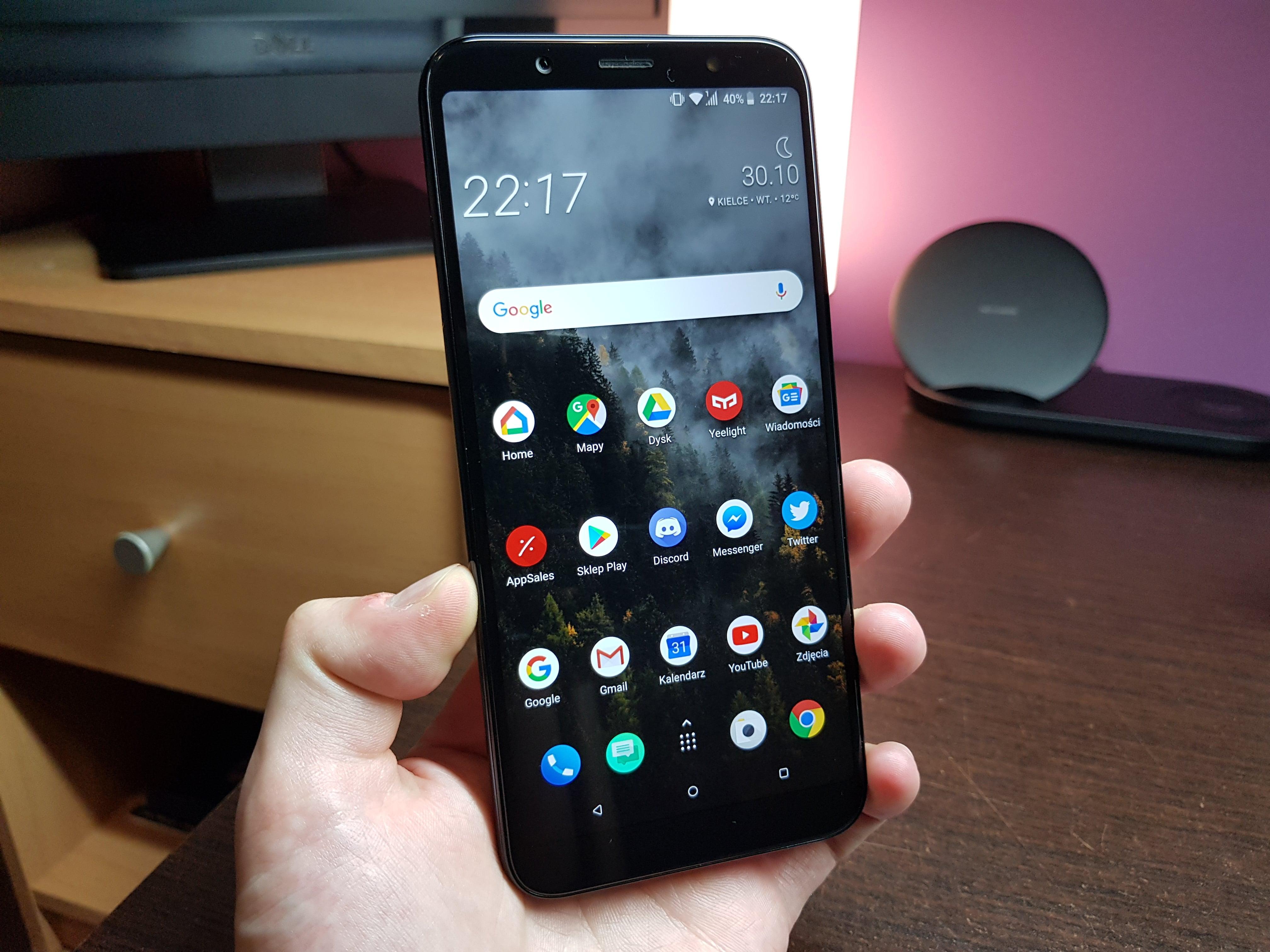 Tabletowo.pl Jaki smartfon do 1500 złotych kupić? (listopad 2018) Android Co kupić Cykle HTC Huawei LG Smartfony Xiaomi
