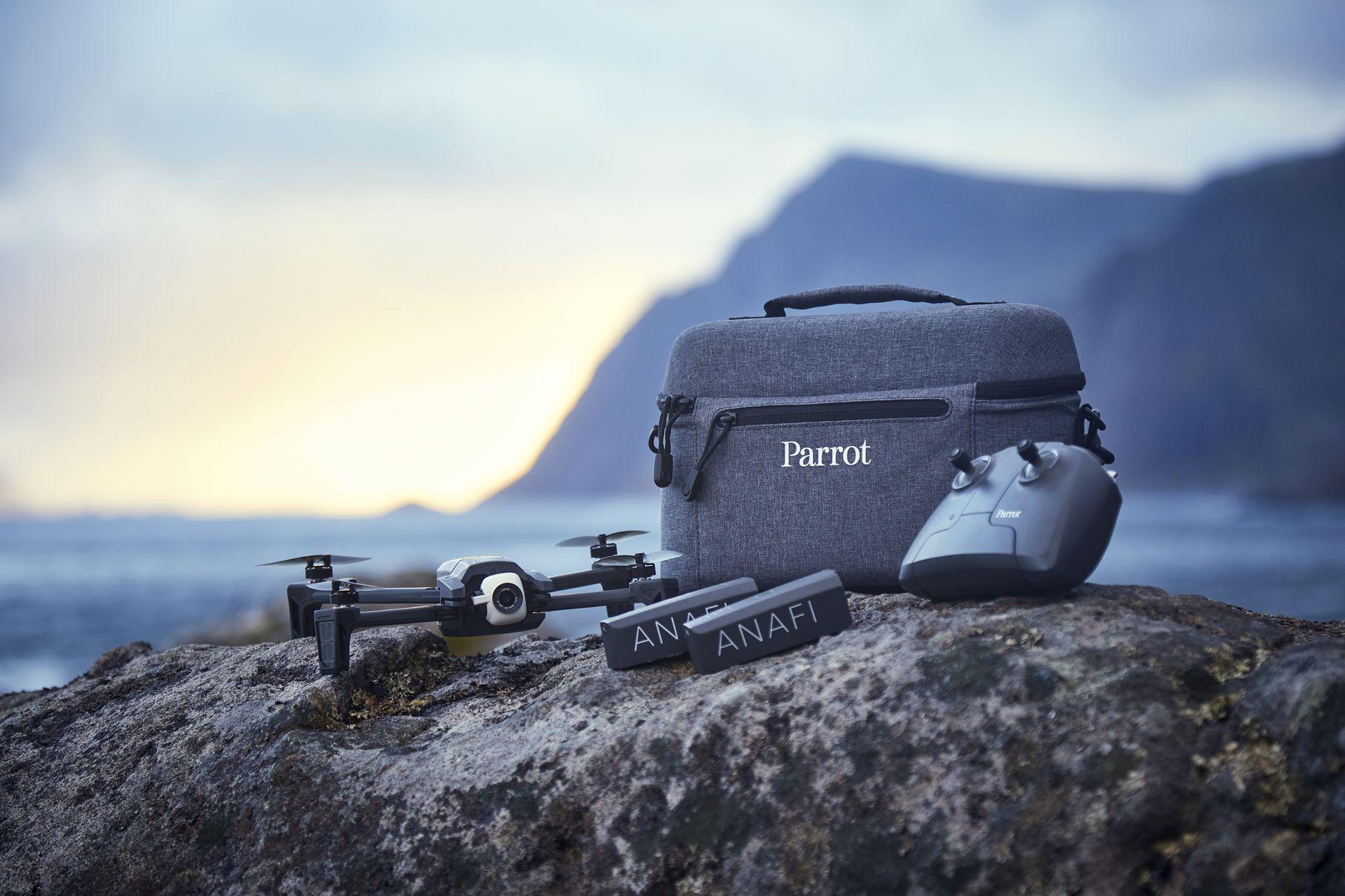 Parrot dodaje nowe tryby fotograficzne do drona Anafi. Do sprzedaży trafi też nowy zestaw w dobrej cenie 19