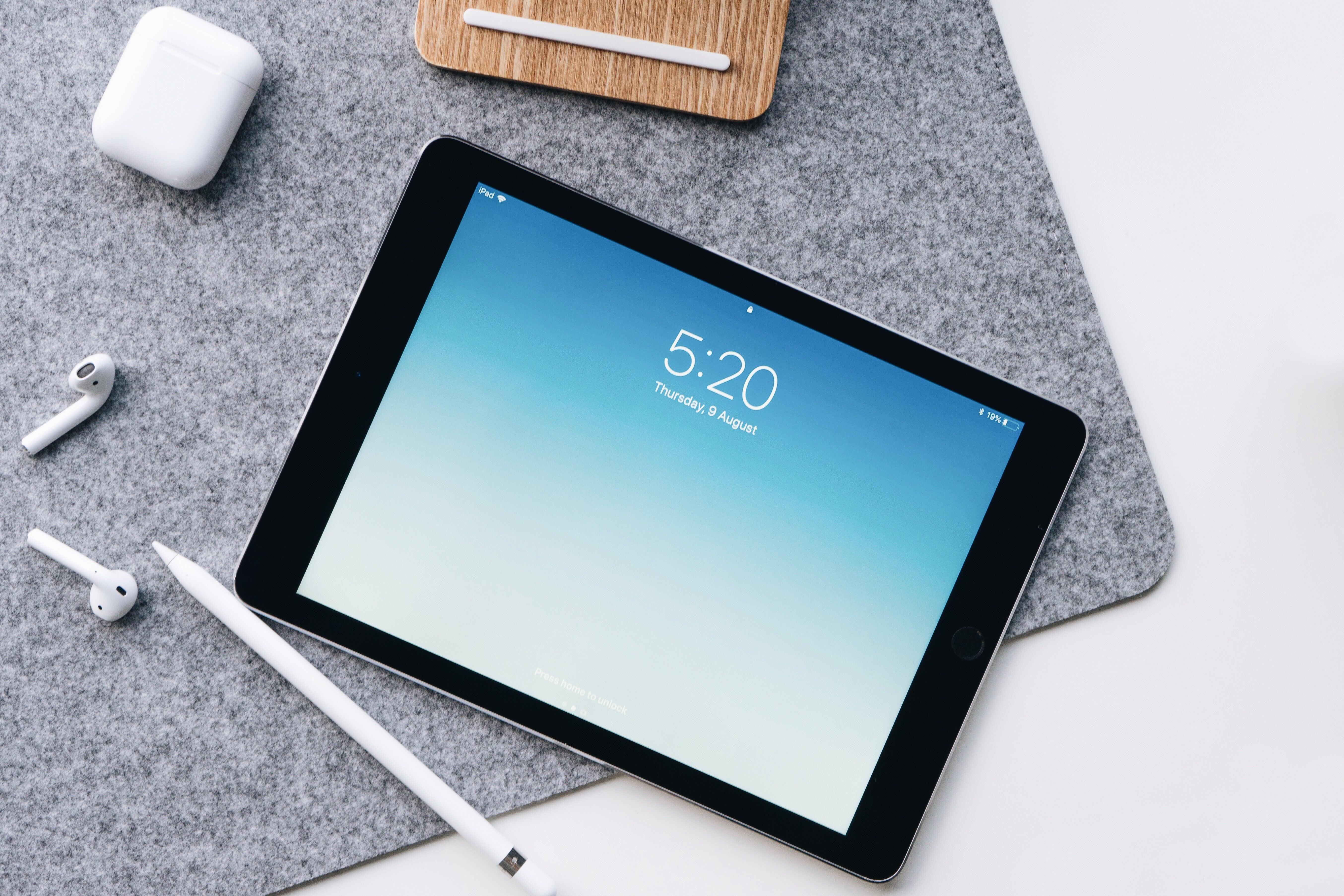 Doczekaliśmy się: iPad wkrótce dostanie pełną wersję Adobe Photoshop 24
