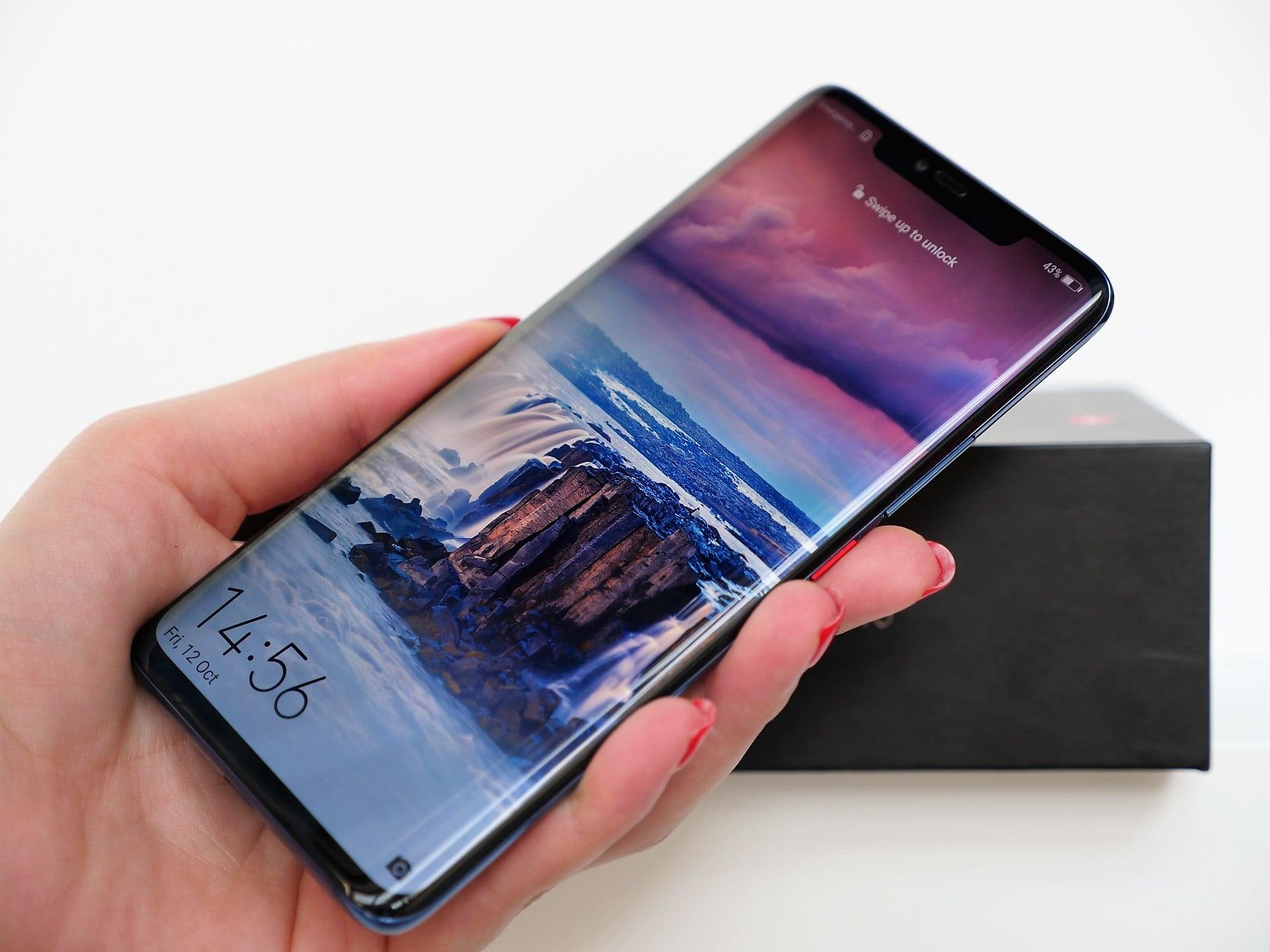 Huawei Mate 20 Pro smartphone screen display