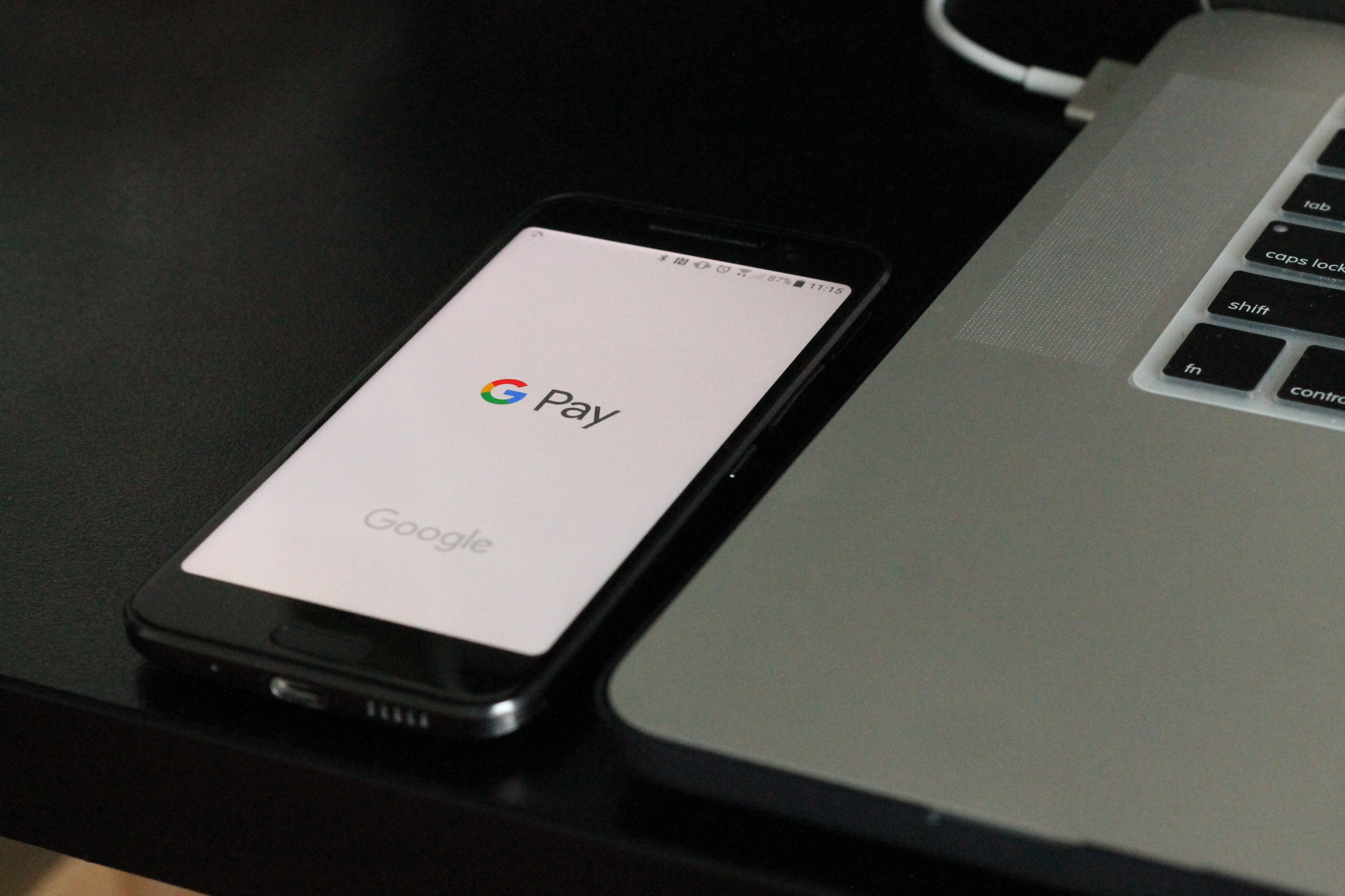 Produkty Google i Apple a bankowość mobilna w Polsce 27