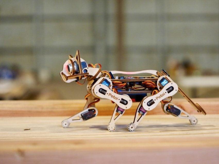Tabletowo.pl Koty przejęły już internet, więc teraz podbiją rynek robotyki. Oto Nybble, koci odpowiednik psa Aibo Ciekawostki Nowości Technologie