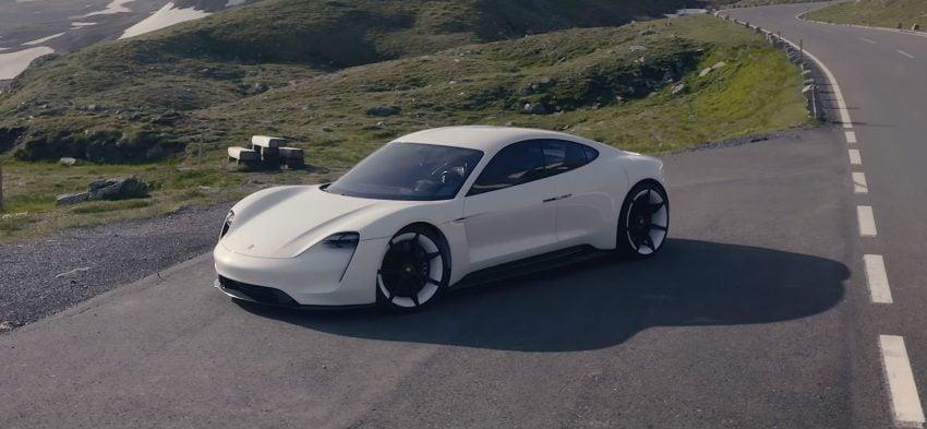 Tabletowo.pl Porsche szykuje ładowarki dwa razy szybsze niż te od Tesli Moto Nowości