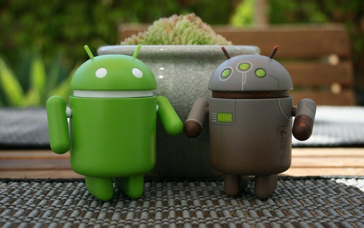 Tabletowo.pl Google szykuje się na składane smartfony - Android otrzyma wsparcie dla takich urządzeń Android Google Nowości