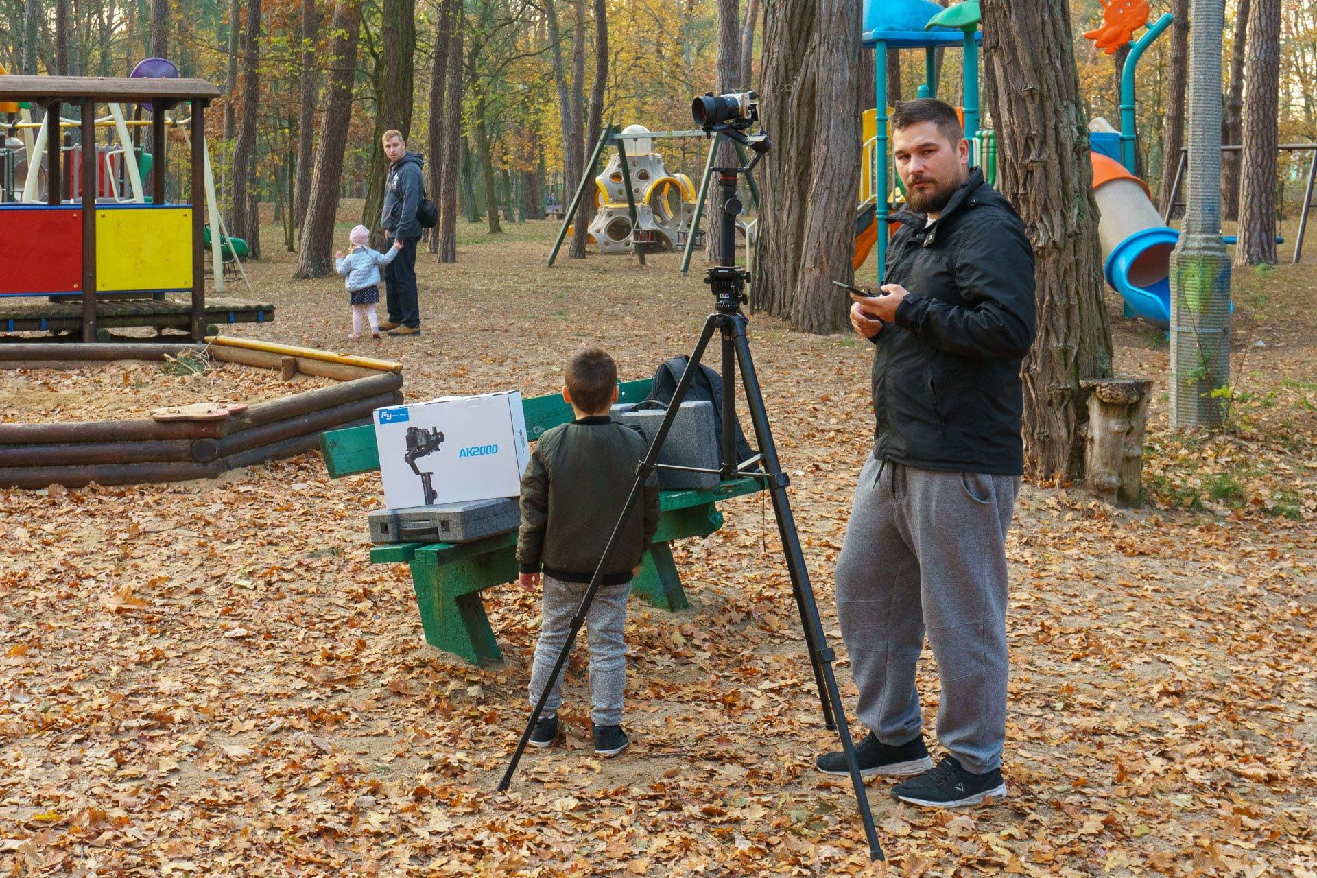 Tabletowo.pl Gimbal FeiyuTech AK2000 - potężne narzędzie dla filmowca (recenzja) Foto Recenzje Sprzęt Wideo