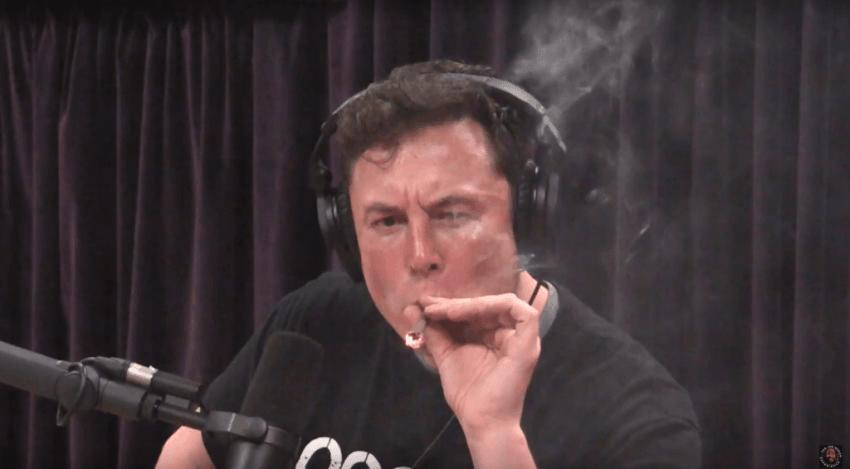 NASA chce przeprowadzić kontrolę w SpaceX. Wszystko przez Elona Muska i jego publicznie wypalonego jointa 17