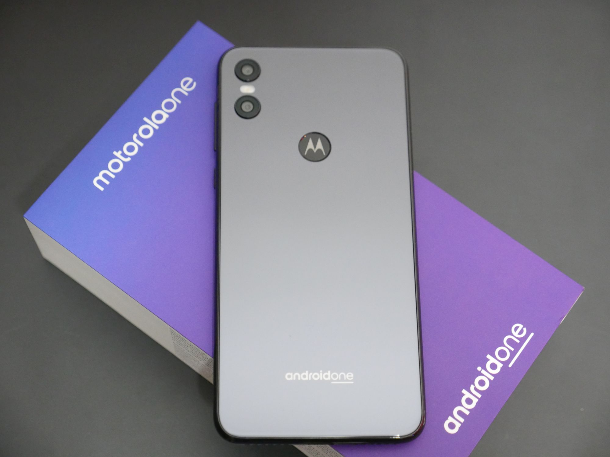 Najlepsze smartfony ze średniej półki z NFC (marzec 2019) 20
