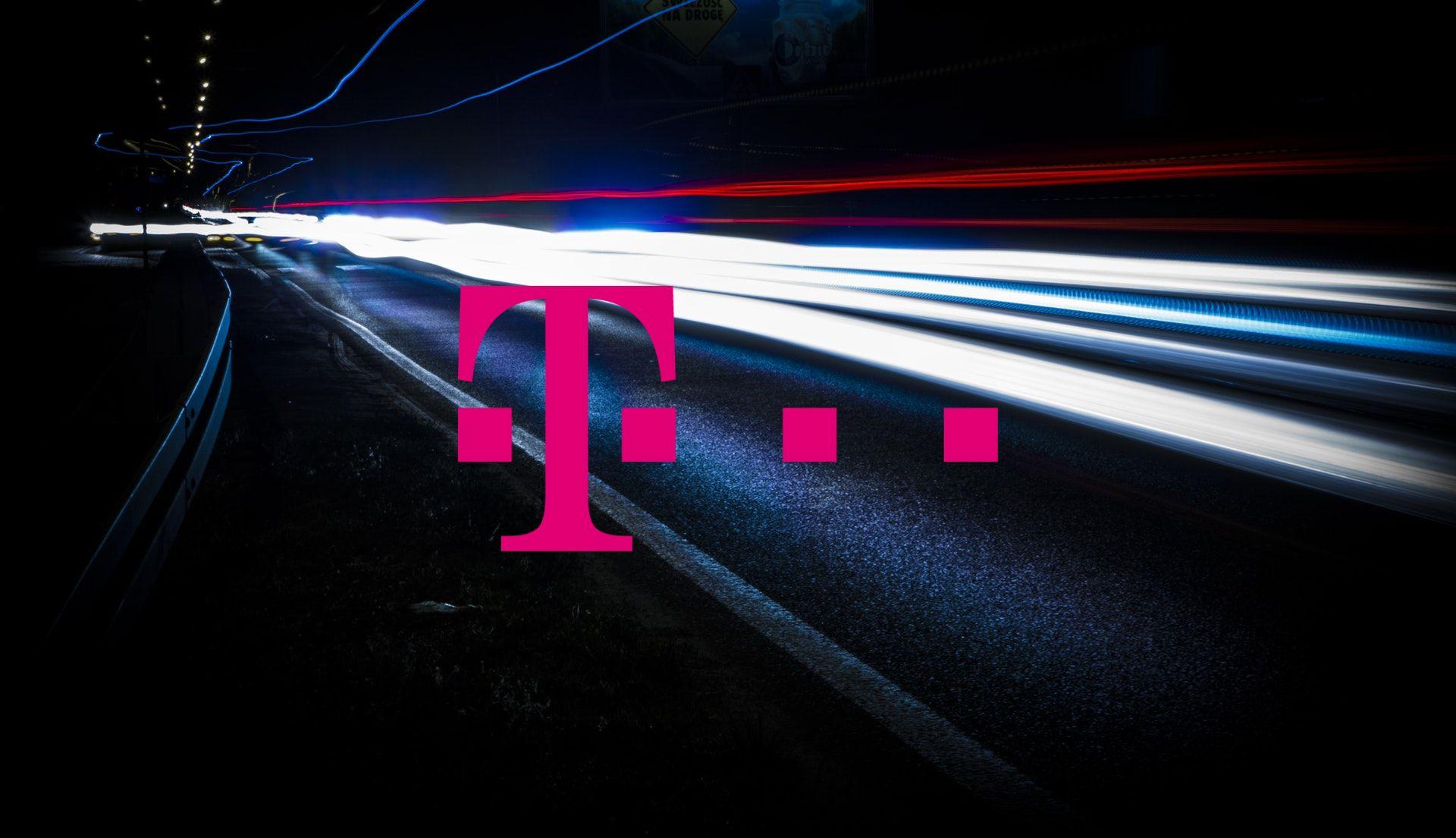 T-Mobile logo internet światłowodowy