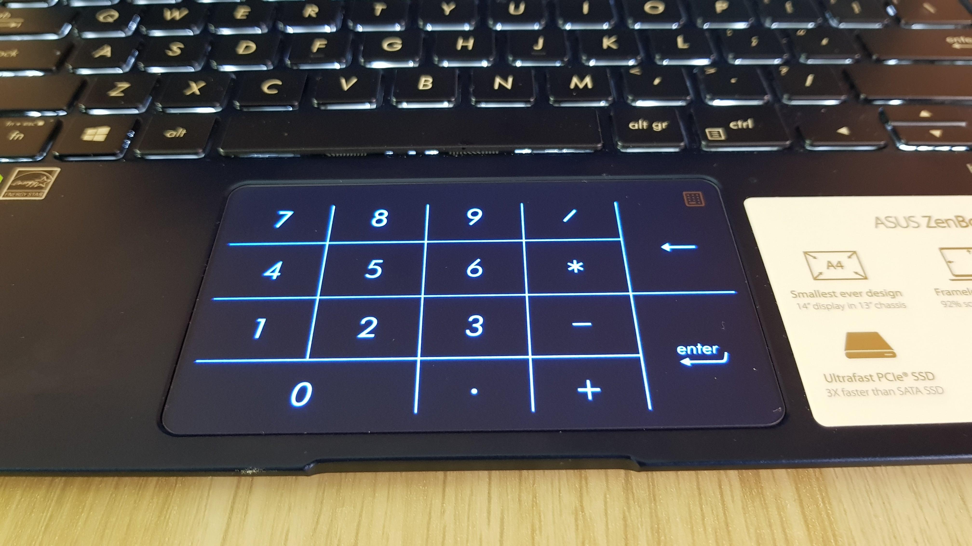 Tabletowo.pl Asus Zenbook 14 UX433F z klawiaturą numeryczną... w touchpadzie (recenzja) Asus Laptopy Recenzje Windows