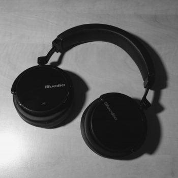Bluedio T5 to świetne i przystępne cenowo słuchawki nauszne z tragicznym ANC (recenzja) 30