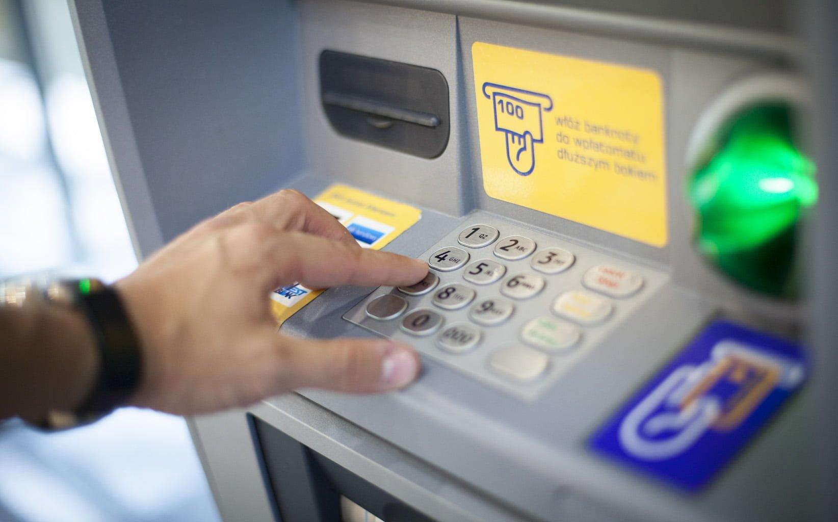 SkyCash uruchamia gotówkowe zasilenie konta za pośrednictwem maszyn Euronet