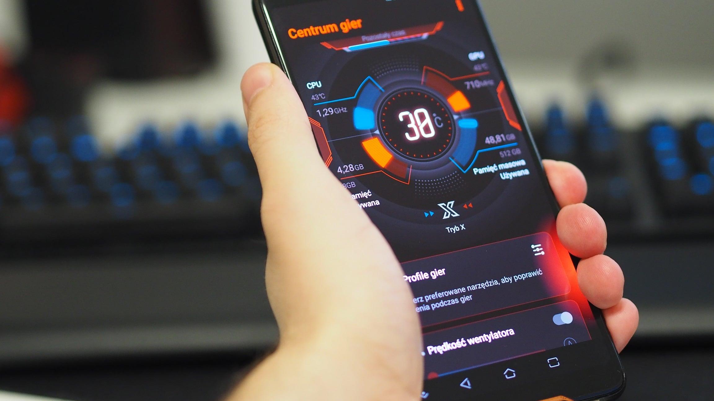 Szykujcie się, mobilni gracze. Asus ROG Phone 3 zostanie zaprezentowany w lipcu 16