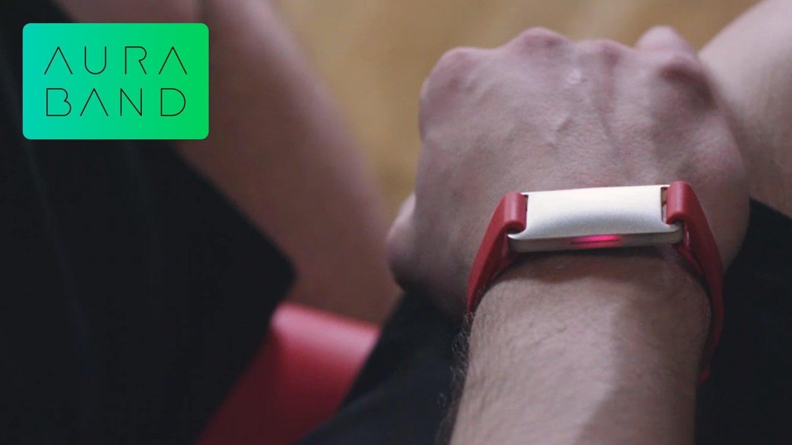 Tabletowo.pl Czegoś takiego jeszcze nie było. To nie jest zwykły pasek do Apple Watch - Aura Band dodaje szereg przydatnych funkcji CES 2019 Wearable