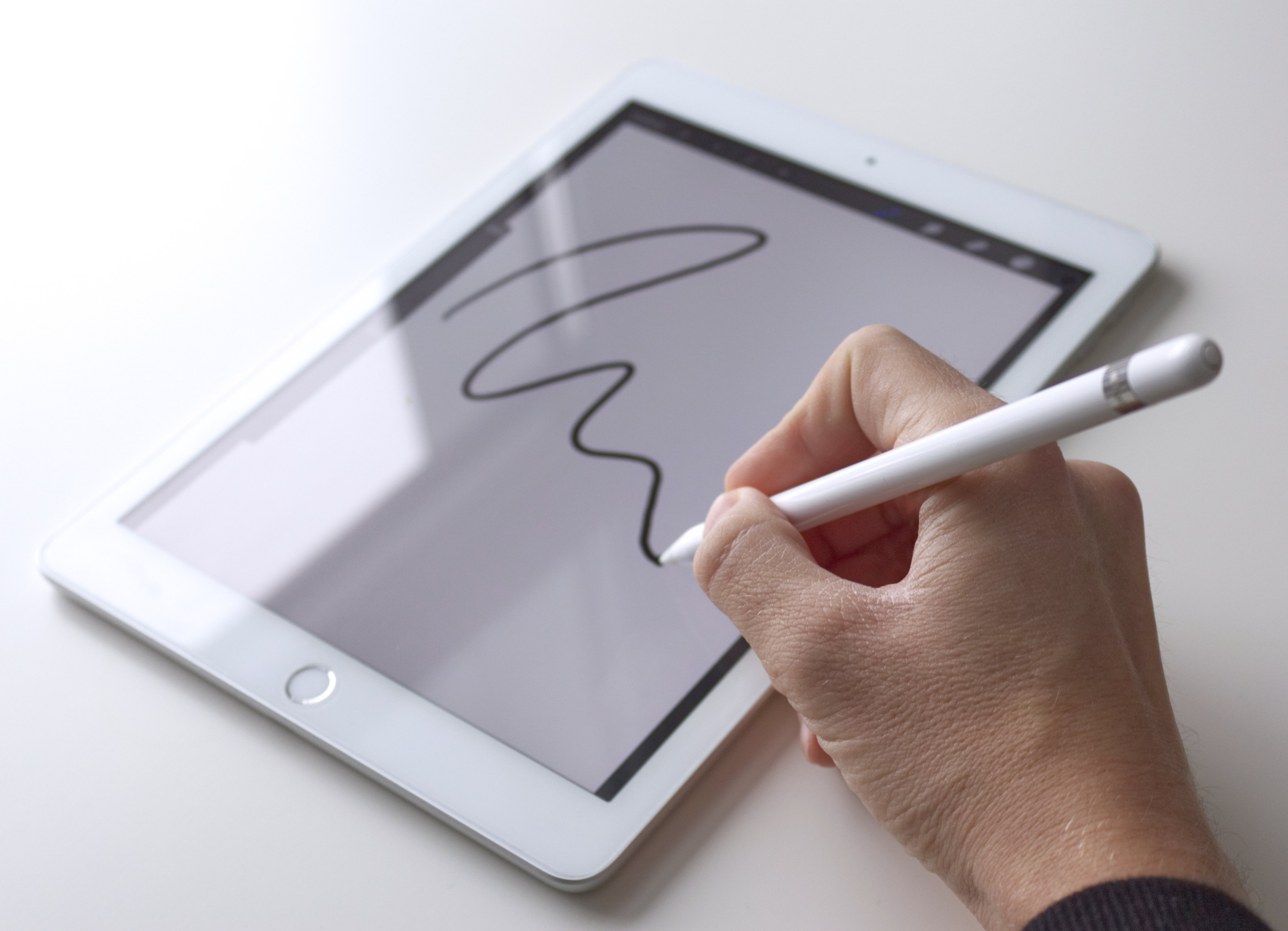 Jak tablet, to najczęściej iPad - tak wygląda sytuacja w Europie