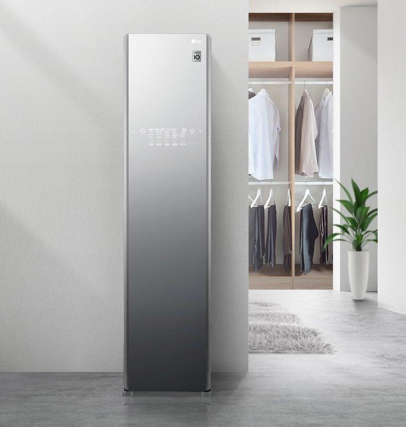 LG zaprezentuje na CES 2019 szafę na ubrania z Asystentem Google. Przynajmniej nie ma notcha 16