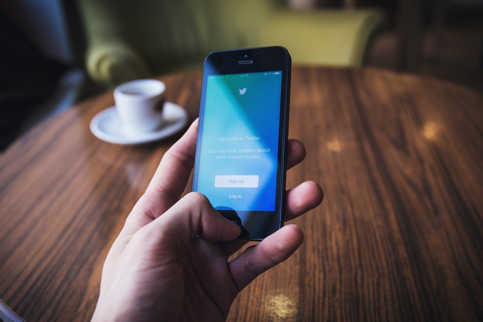 Twitter: prywatne dane mogły zostać udostępnione bez zgody użytkownika 20