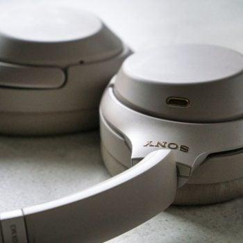 Sony nie pilnuje materiałów promocyjnych. Reklama nowych słuchawek WH-1000XM4 już w sieci 22