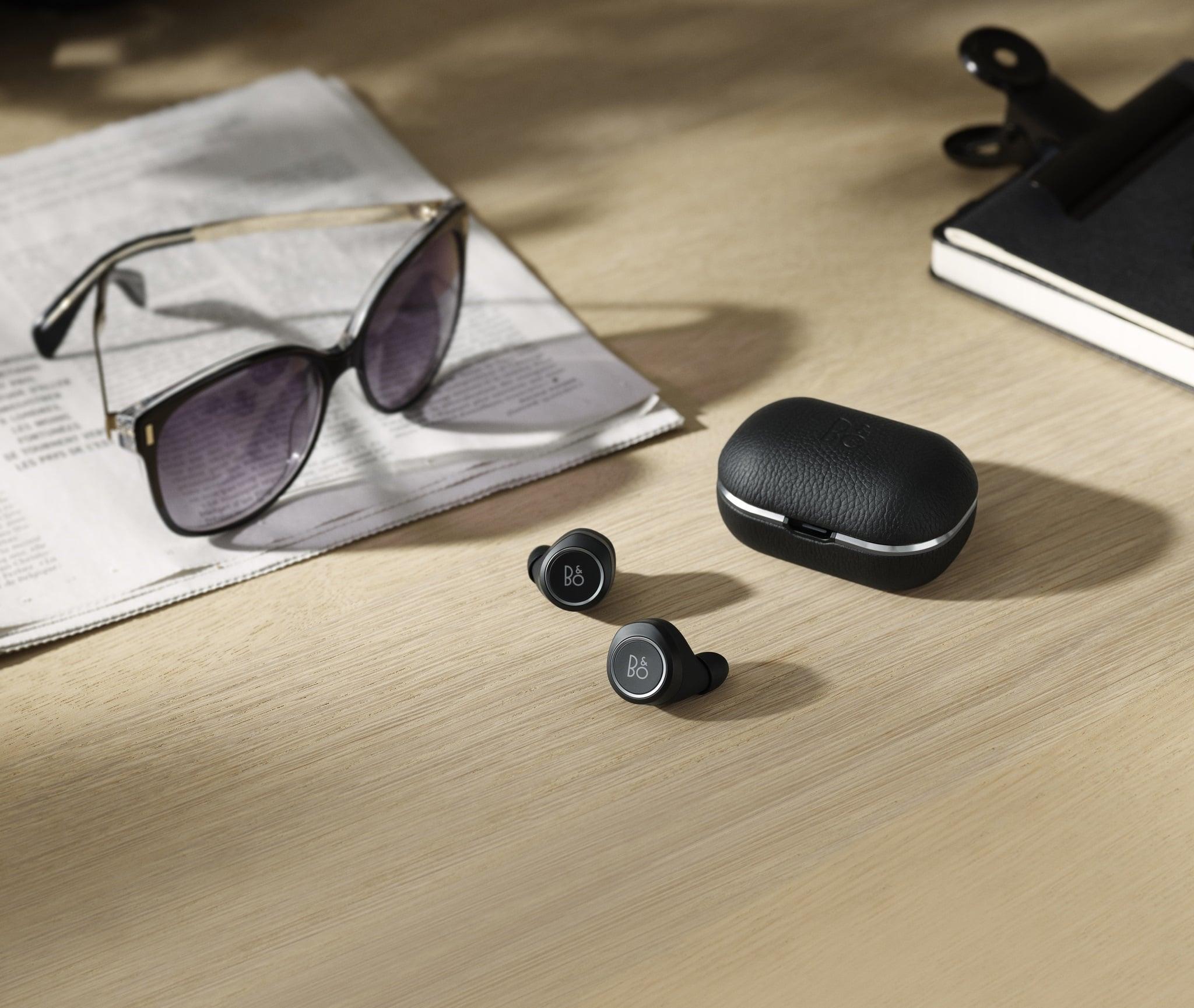 Bang & Olufsen zaprezentował nowe słuchawki bezprzewodowe Beoplay E8 2.0 z ładowanym indukcyjnie etui 22