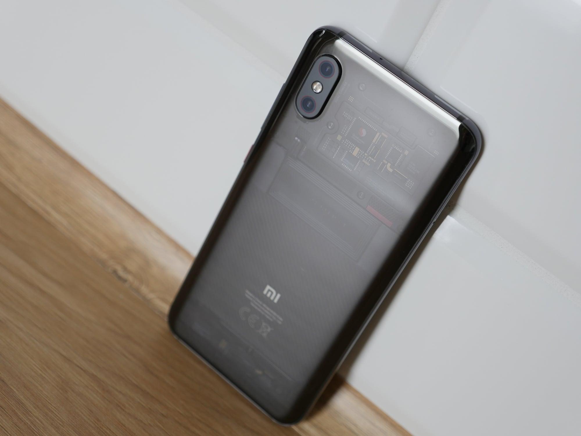 Xiaomi Mi 8 Pro potrafi złapać geeka za serce (recenzja) 19