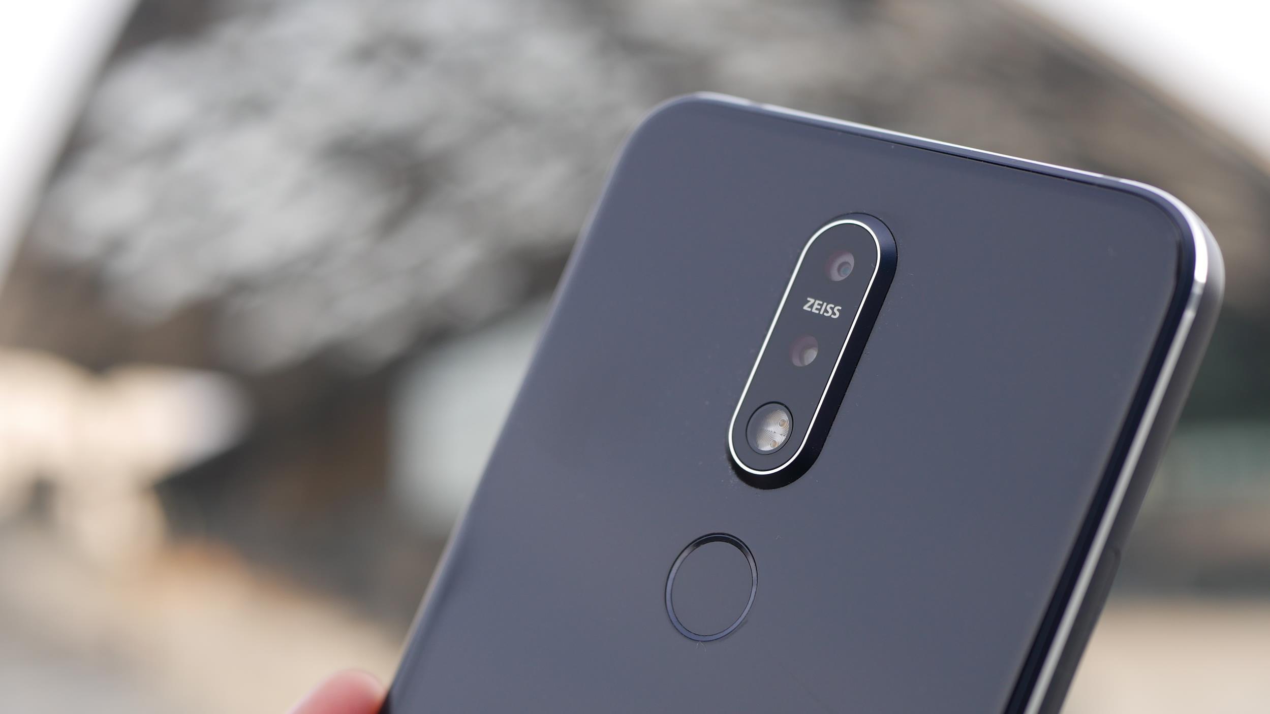 Nokia 7.1 to smartfon solidnie wykonany, ale z dość słabym wnętrzem (recenzja)