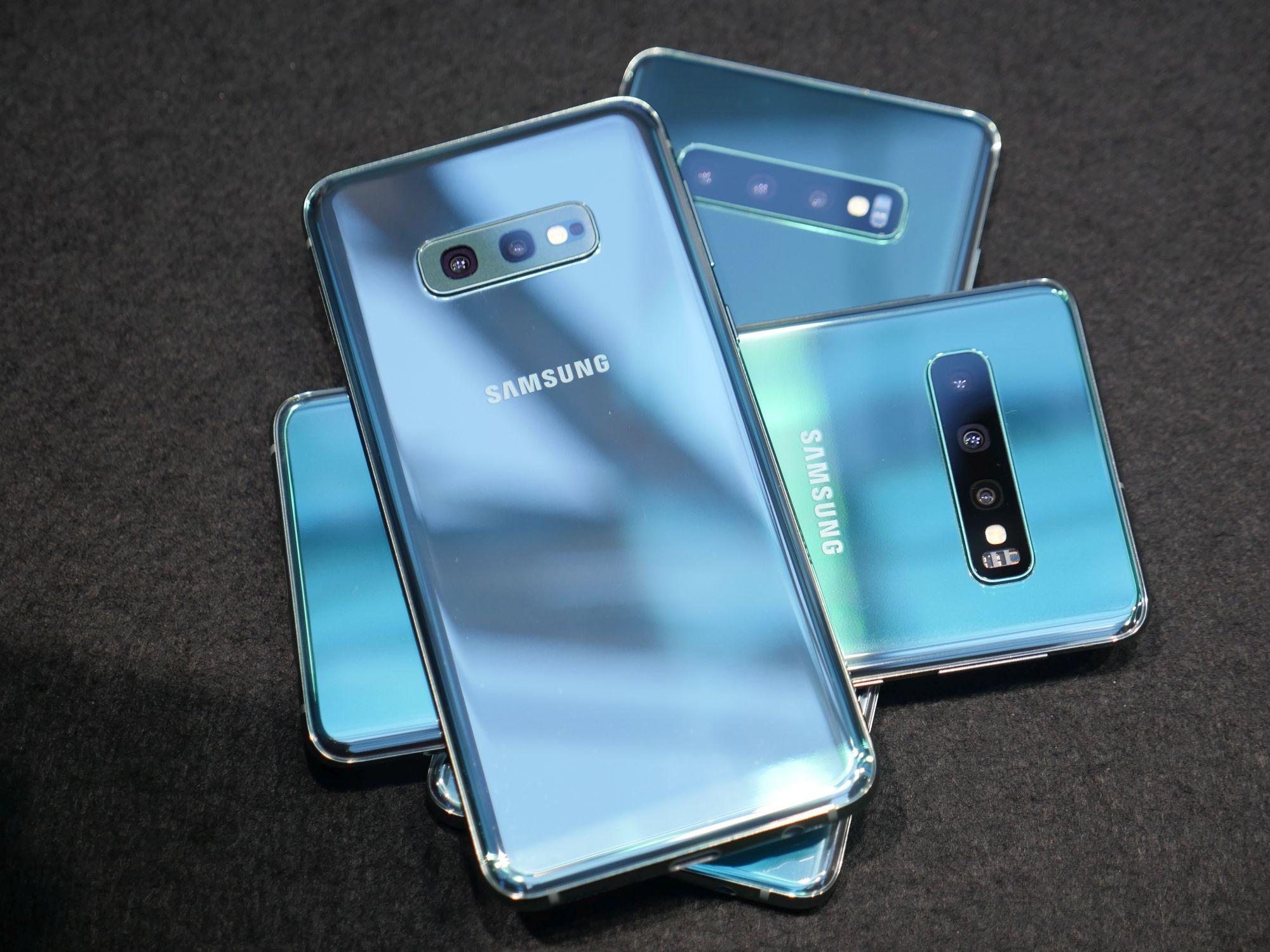 iPhone'y są nudne, dlatego Samsungi z serii Galaxy S10 będą sprzedawać się świetnie 27