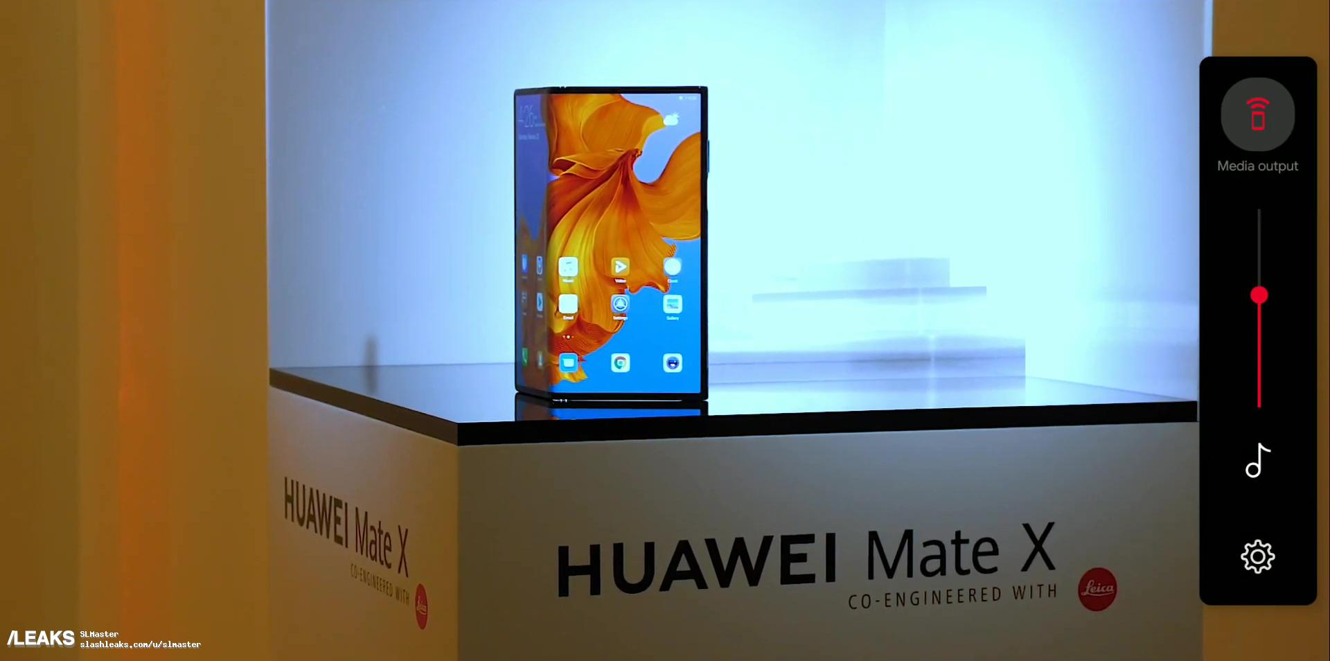 Na kilka godzin przed oficjalną premierą wyciekły zdjęcia i specyfikacja składanego smartfona Huawei