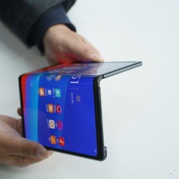 Składany smartfon Oppo wygląda jak Huawei Mate X. Sprzęt nie trafi jednak do sprzedaży