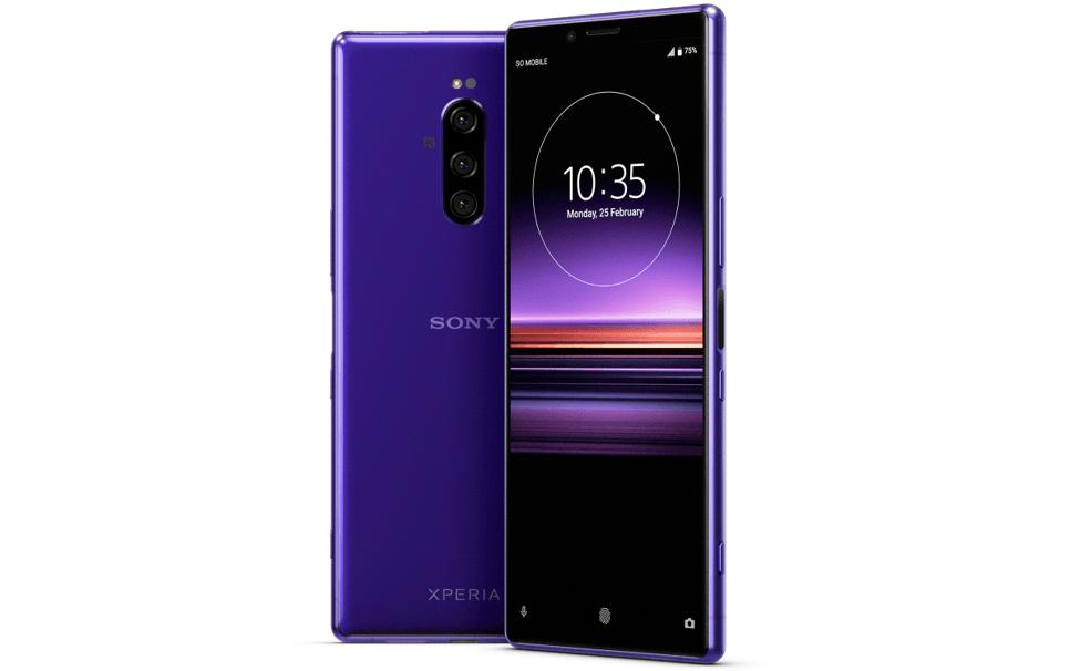 Sony produkuje aparaty dla smartfonów, ale nie potrafi ich odpowiednio wykorzystać we własnych telefonach. Dlaczego?