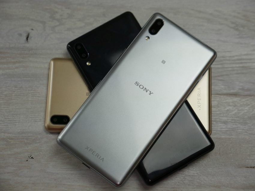 Sony stawia wszystko na kinową kartę: nowe smartfony z ekranami 21:9 38