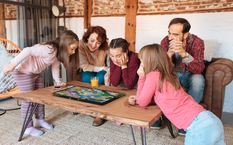 Archos Play Tab to ogromny tablet do rozrywki dla całej rodziny, który zajmie pół stołu 17