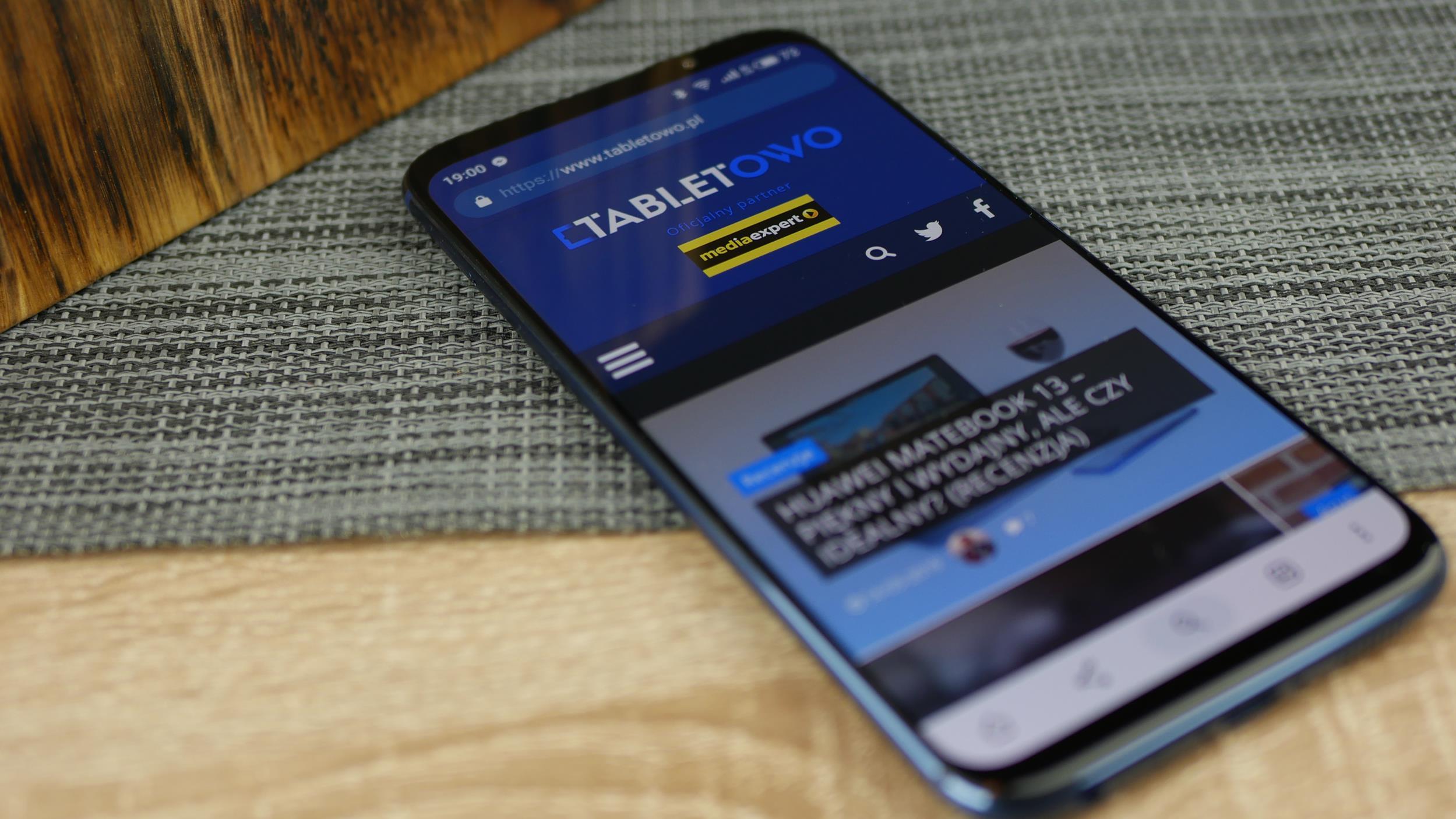 Recenzja Meizu 16 - smartfona, w którym poważnych wad jest zbyt wiele... 94
