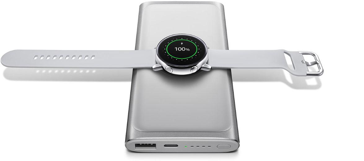 Smartwatch Galaxy Watch Active w przedsprzedaży w Polsce. Samsung dorzuca do niego bezprzewodowy powerbank 21