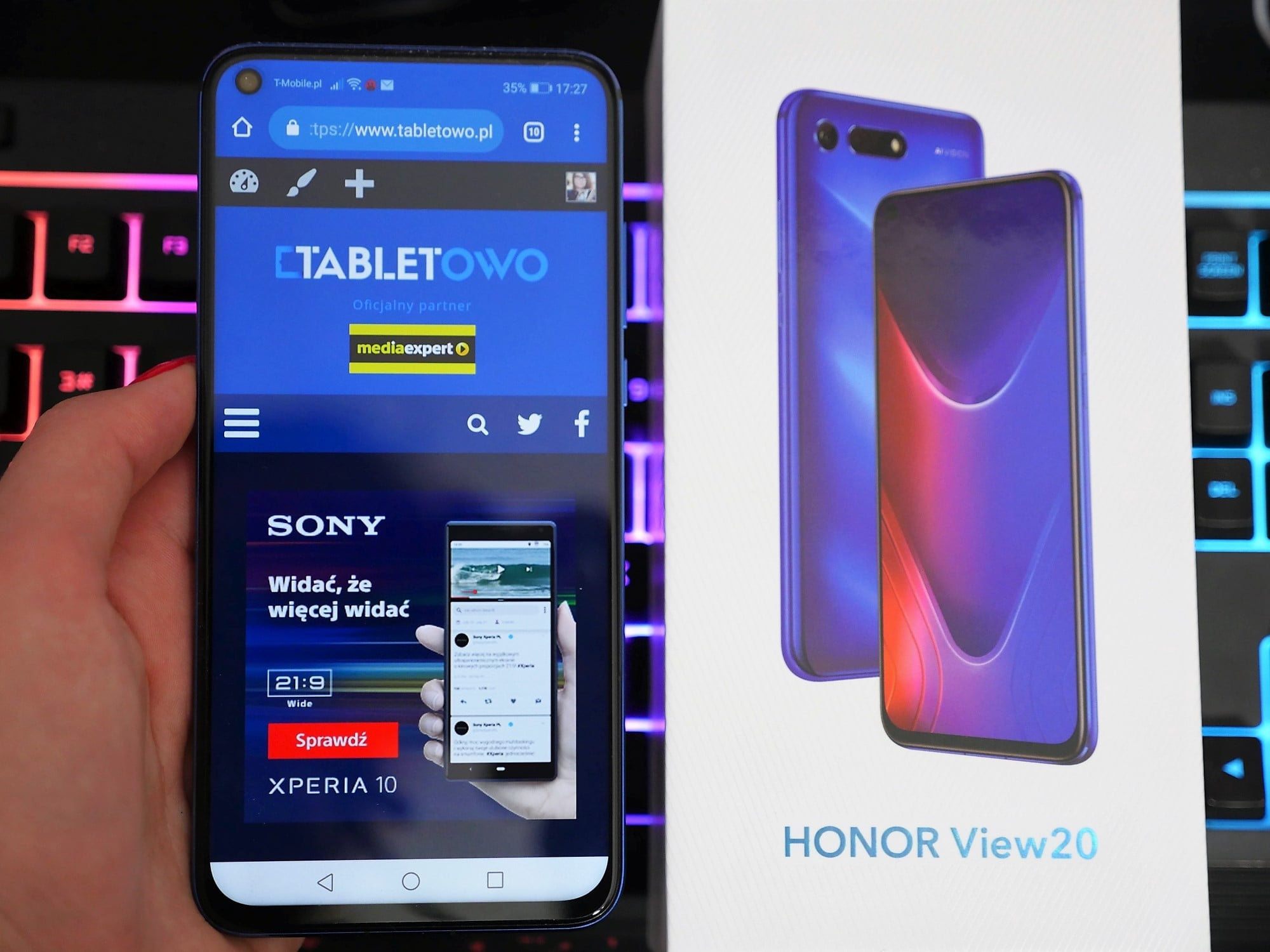 Recenzja Honora View 20 - co oferuje poza świetnym designem?
